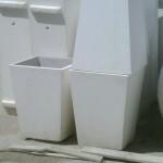 vaso 40 x 40 x 50 h  con base da cm 30